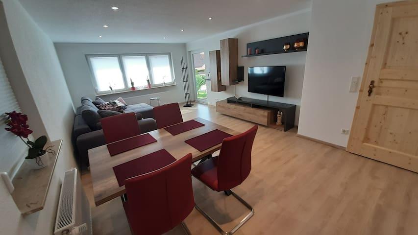 Moderne, neu renovierte 3-Zimmer-FeWo