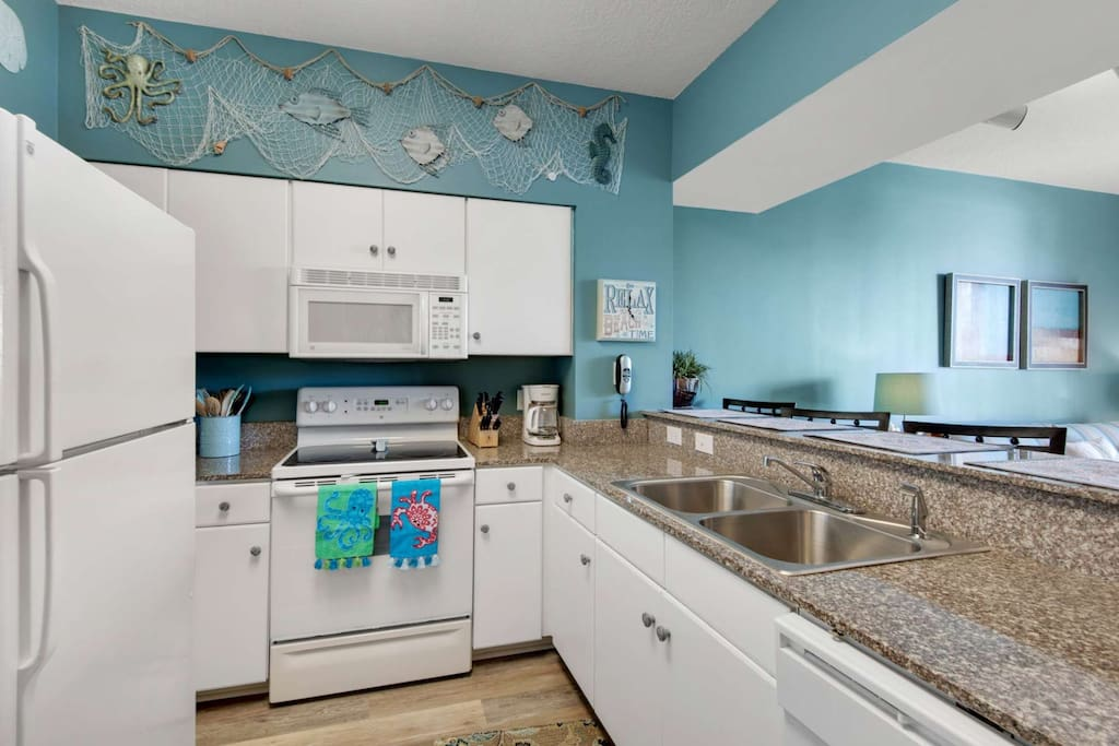 Marble Countertops with Up to Date Appliances!