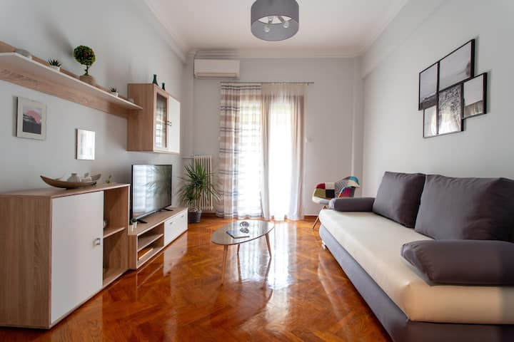 Lux&Stylish Renovated Aprt in the center of Athens