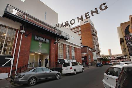 Rooftop City Living, Maboneng - Johannesburg