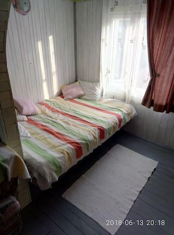 Додаткове ліжко