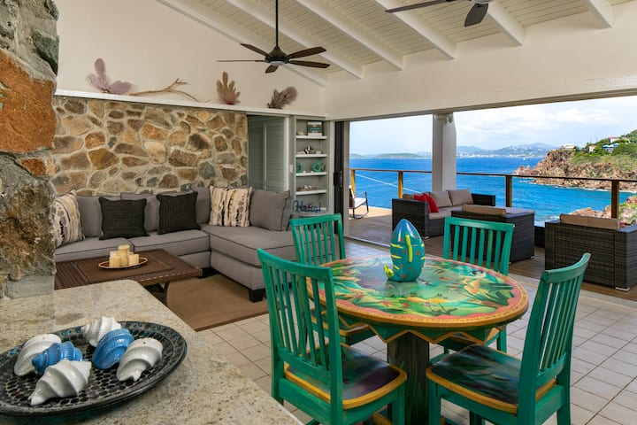 BOOK AND SAVE!! sunsets, walk to bay, pool!