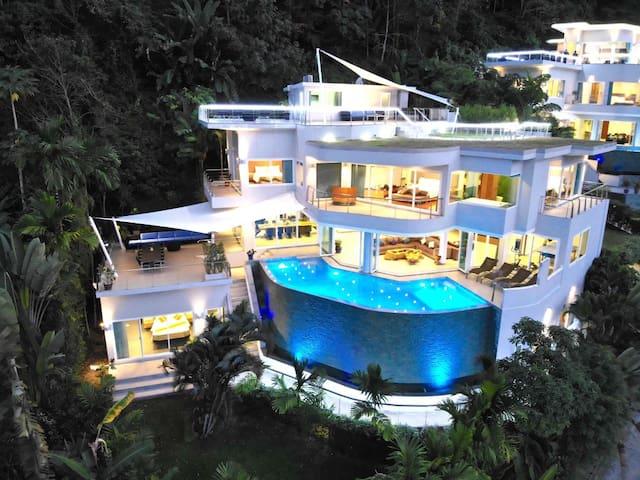 Villa Beyond, Ocean Views, Near Beach, Sleeps 18