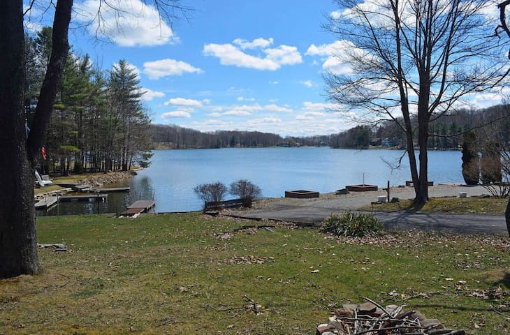 Lake view/access! With kayaks, deck, firepit, dock