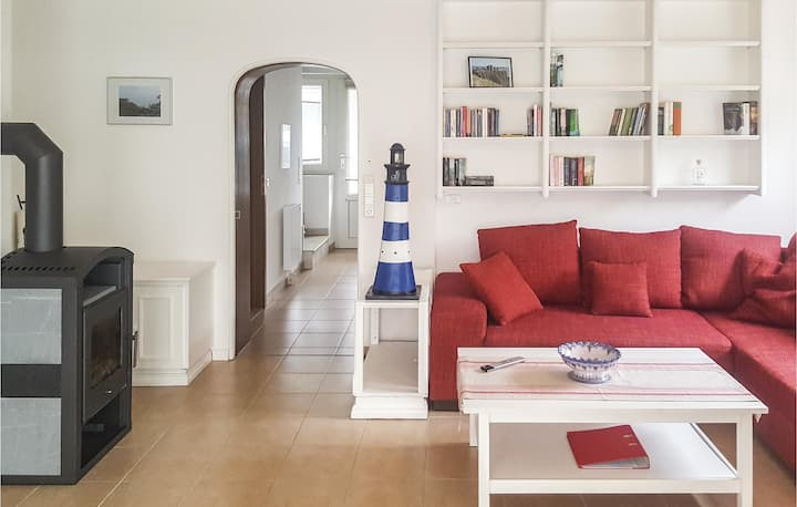Semi-Detached with 2 bedrooms on 84m² in Nordstrand