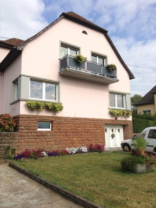 Notre maison  Votre chambre avec balcon