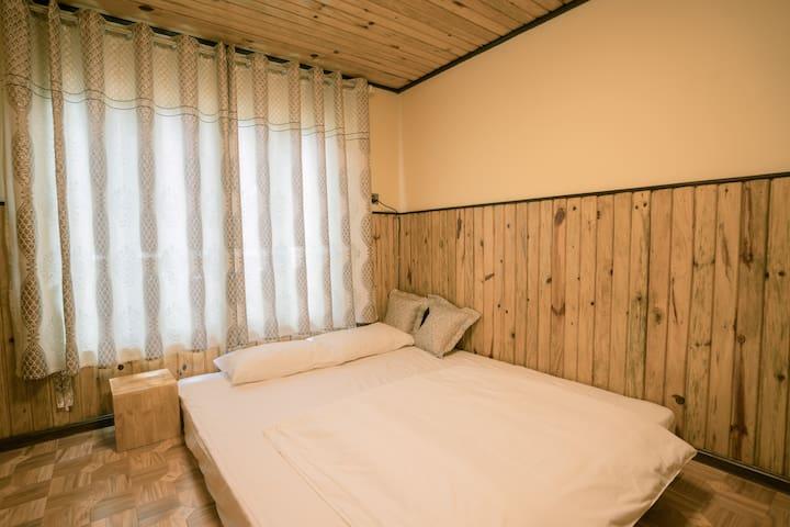 2 Bedroom. Double Bed.