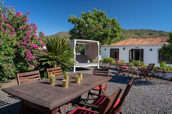 Casa canaria adaptada - Vistas Increíbles -Confort