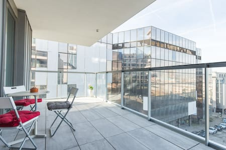 Heart of Brussels-90 sqm+terrace, Central Station