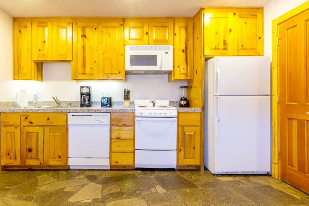 Kitchen in unit