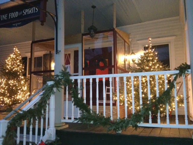 Saxtons River Inn Twin Bed Room Boutique Hotels For In Town Of Rockingham Vermont United States