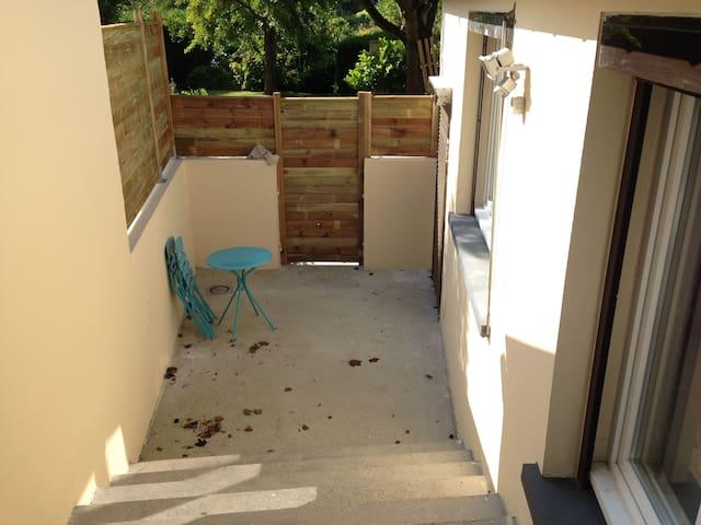 Studio, calme, sans voisins directs - Amiens - Daire