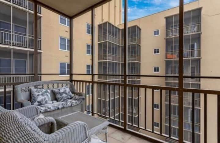 Peachtree 1bdr Spacious Condominium