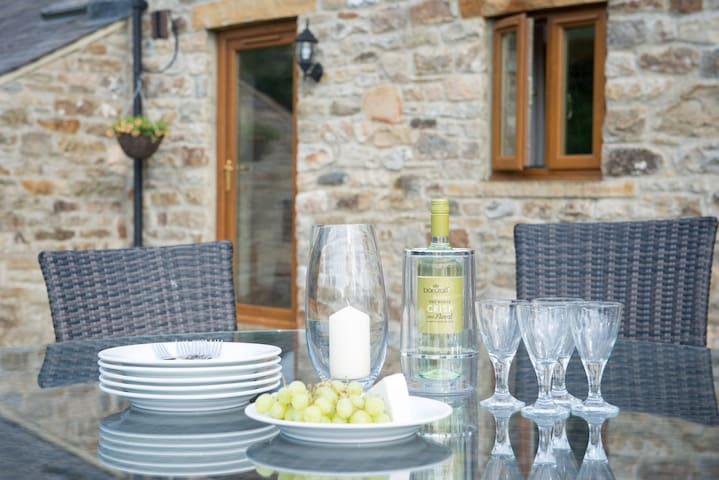 Amazing Barn Conversion Sleeps 6 - Slaggyford - Hus