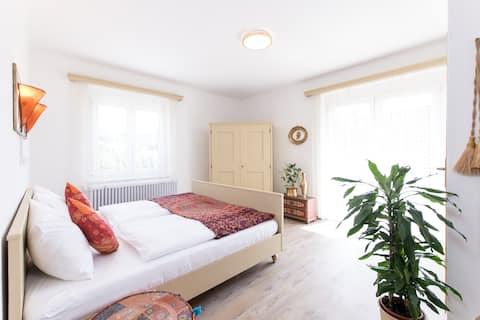 """Zimmer """"Orient"""" mit Seeblick, Gästehaus Margarethe"""