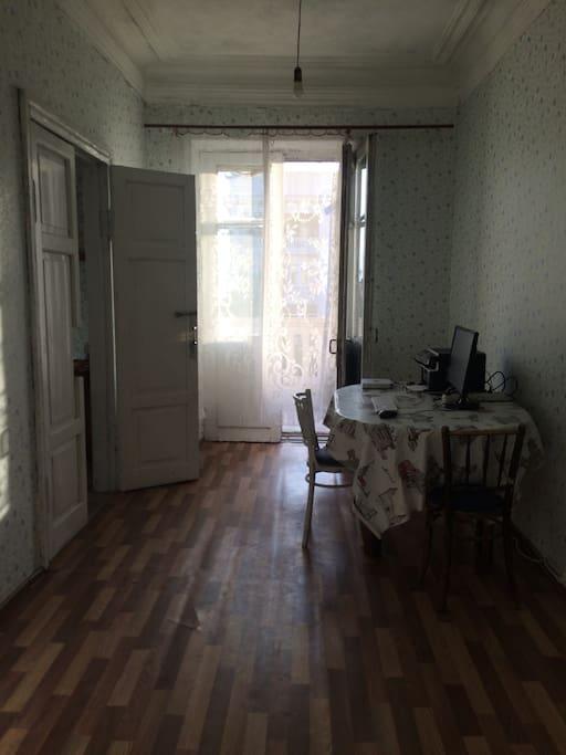 Вторая комната с выходом на террасу