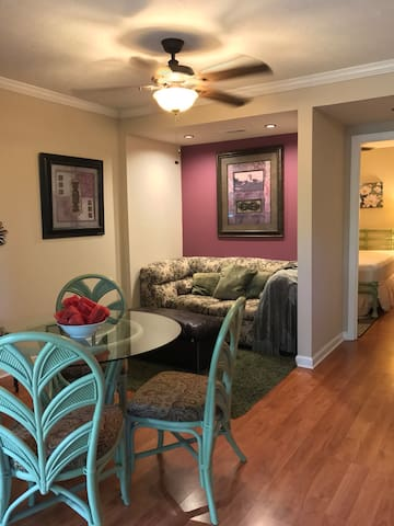 Cozy Lake Front Condo Perfect for Lake Lovers
