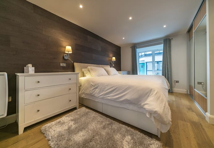 Bedroom with SuperKing size bed
