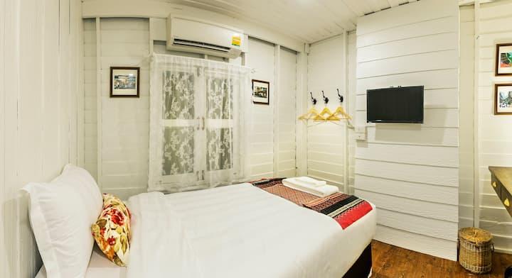 Baan Kachitpan - Single Room