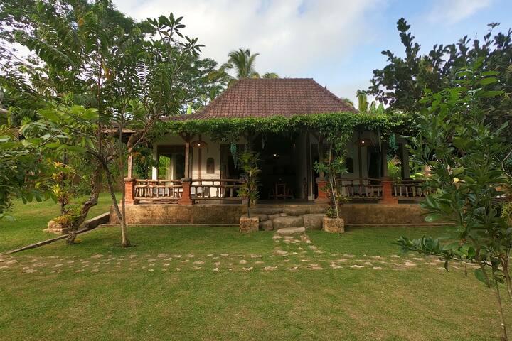 Kubuku d'Sebatoe Villas - Rama and Sita House.