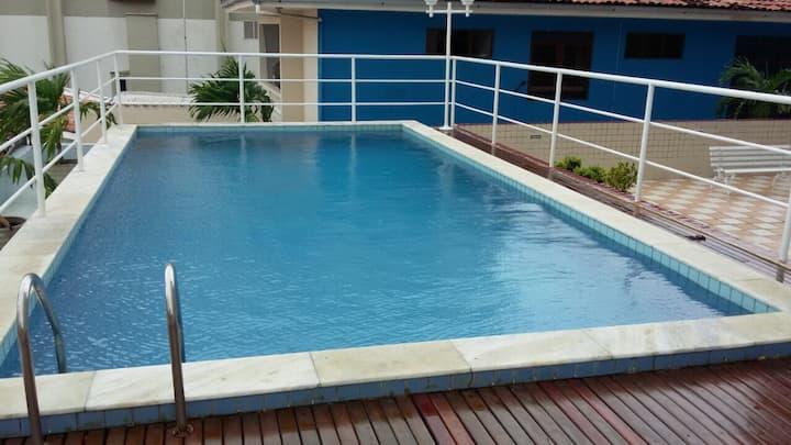 Completo, 3 quartos, pertinho da Praia de Tambaú!