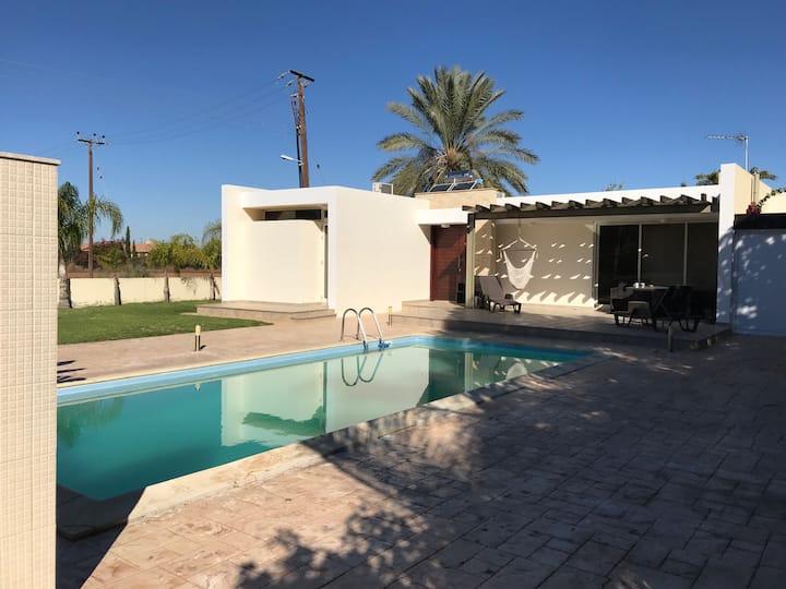 2 bedroomed house, private pool, near perivolia.