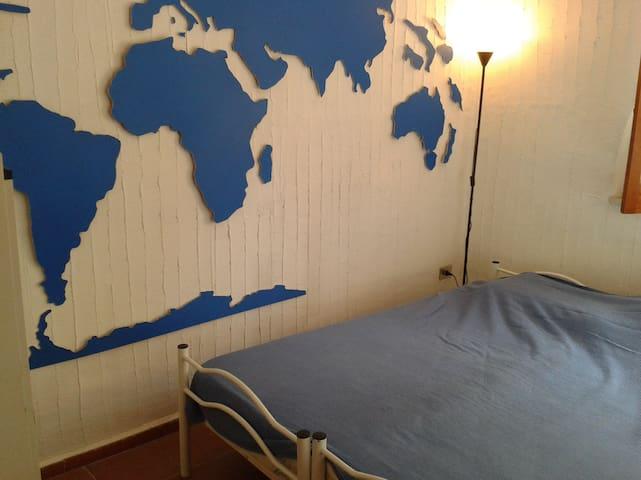 Villa Africa Blue room (stanza e bagno privato)