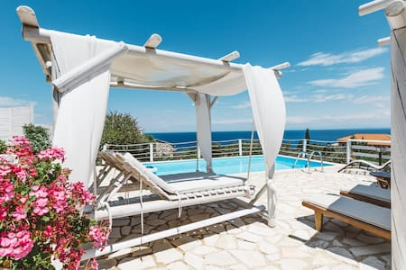 VILLA JOGIA with private pool and sea view
