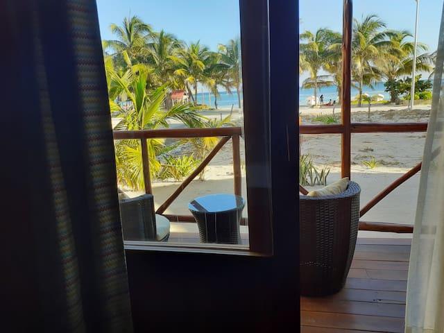 Suite Familiar con balcón y vista al Mar Caribe
