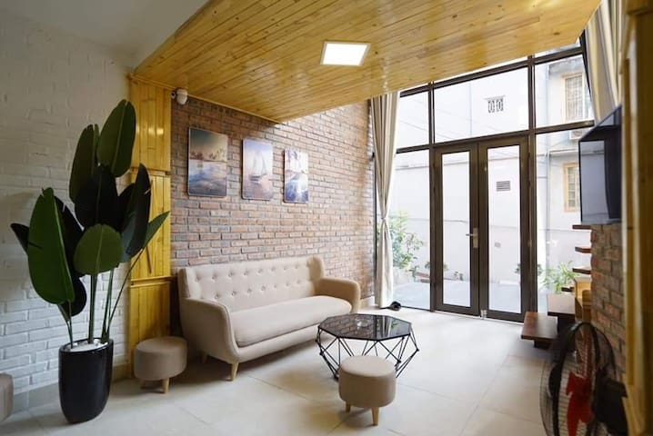 Nice house 7 rooms-pool (only summer)-center-bbq