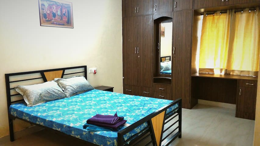 Spacious Bedoom with Bath,  ITPL, Whitefield.