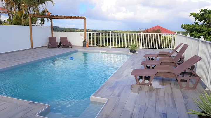 Marie-galante : Bungalow avec Vue mer et piscine