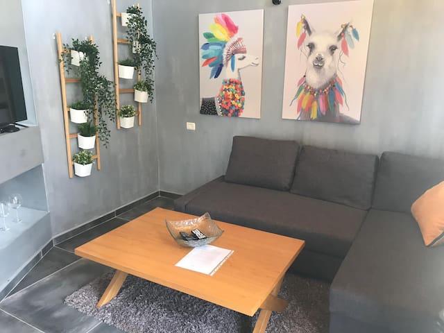 Quadruple Studio room with private hot tub