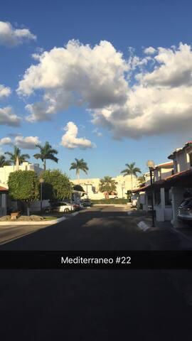 JOVEN DE 27 AÑOS CON CUARTO EXTRA EN SU DEPARTAMEN - Hermosillo - Apartament