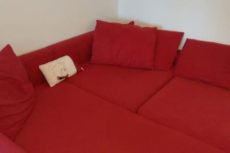 Couch und Bergblick - Kempten (Allgäu) - Wohnung