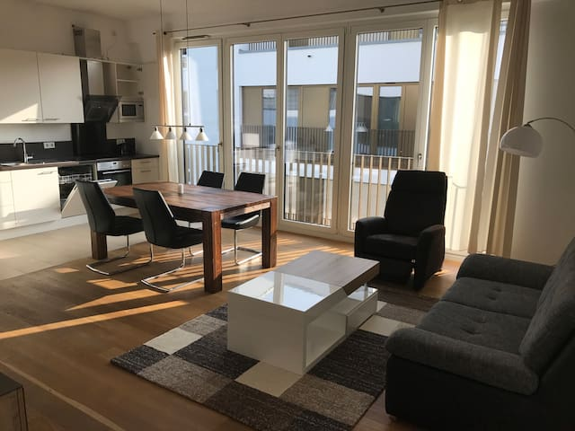 Luxury Apartment L42 neben Motel One - Stuttgart - Huoneisto