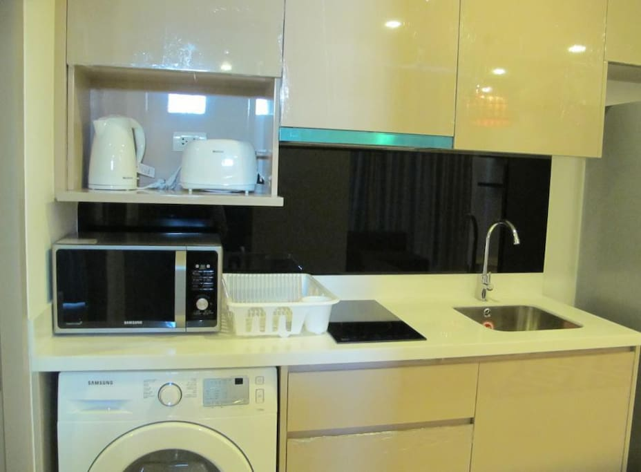 Kitchen, Microwave, Stove, Cattle, Toaster, Washing Machine