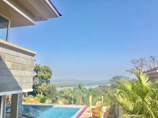 RIVER HEIGHTS River Valley View & Infinity Pool - North Goa - Hus