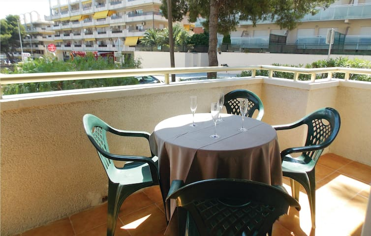 Holiday apartment with 2 bedrooms on 60 m² in Salou