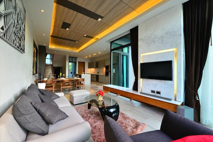 Pool Villa in Patong Beach