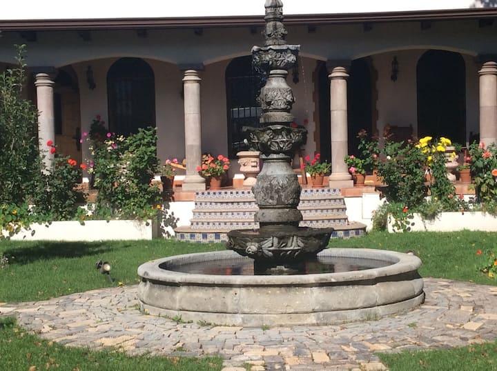Guest house at Quinta Mireya