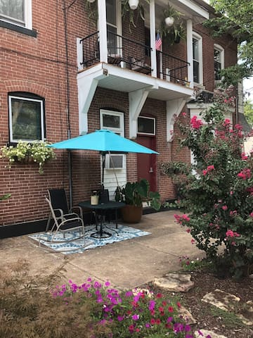 Outside seating area; outside of Airbnb/Tenant Door.  Dalton Ave side