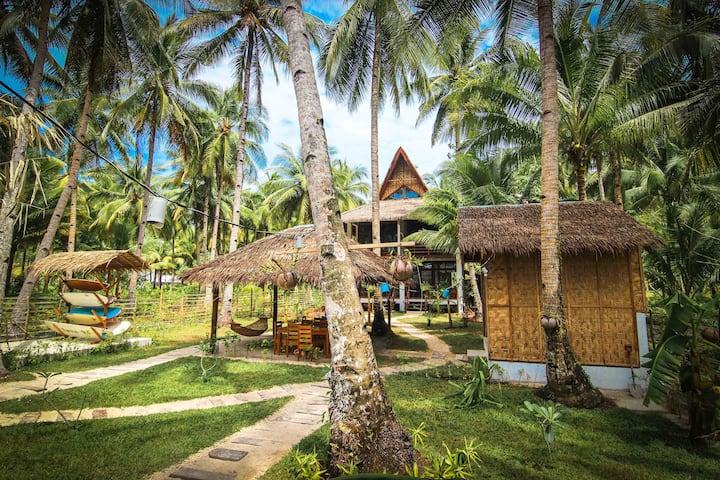 Surfing Carabao Villa Amakan