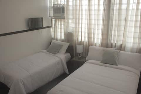 Hotel Styled BR w/ WIFI and FREE pickUp & dropOff