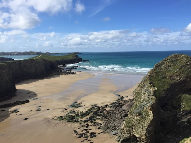 Cliff top apartment, full sea views - Newquay - Apartment