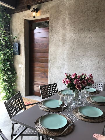 Charming and spacious apartment just outside Como