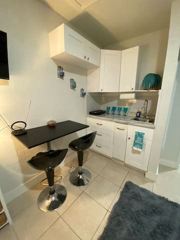 Private suite near Sawgrass Mall and BBT Center
