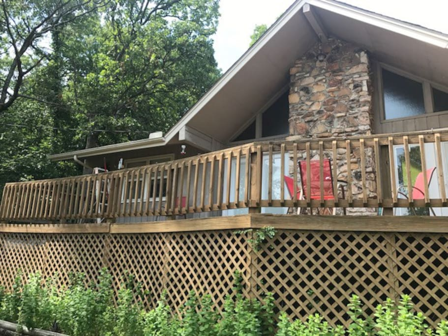 Beautiful relaxing retreat vacation homes for rent in - Large summer houses energizing retreat ...