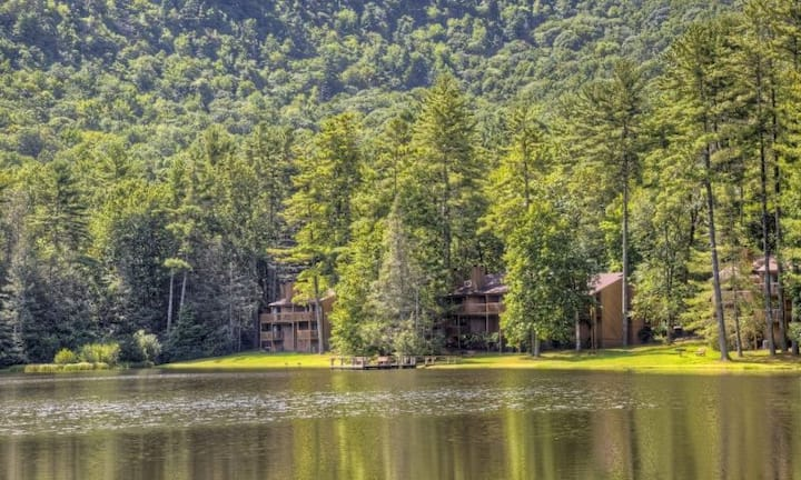 2BDR Mountain Retreat in Sapphire Valley From $179