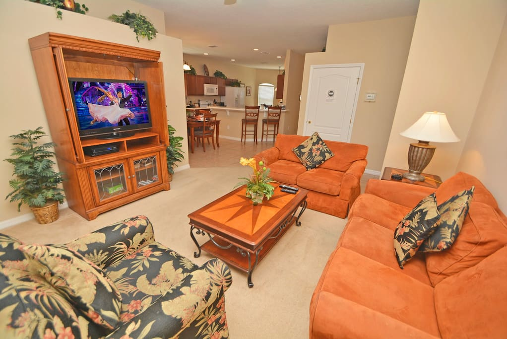 Entertainment Center,Coffee Table,Furniture,Table,Couch